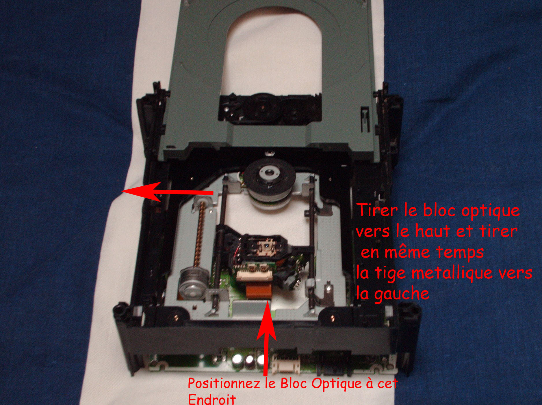remplacer le bloc optique de son lecteur xbox 360 bricolage r paration pannes courantes. Black Bedroom Furniture Sets. Home Design Ideas